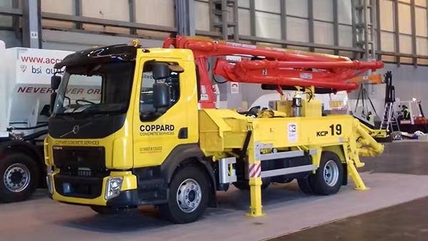 19米小型混凝土泵车